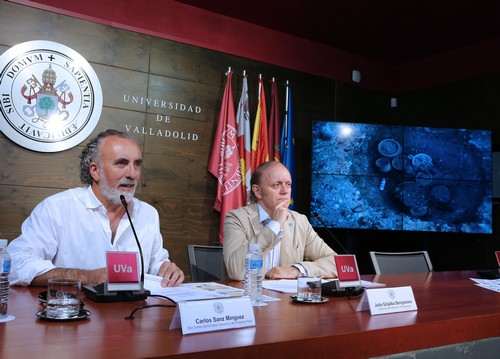 Presentation of the XXIX Excavation Campaign. Photograph by Juan Carlos Barrena
