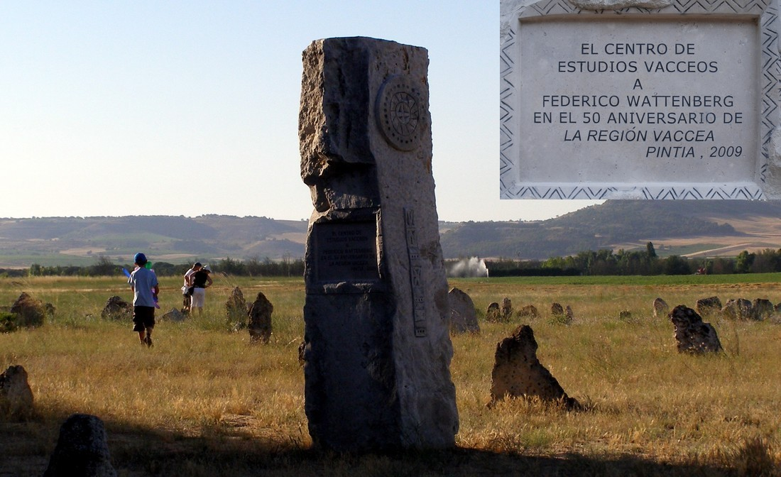 Monolith commemorating the L Anniversary of the publication of <i>La región vaccea</i>